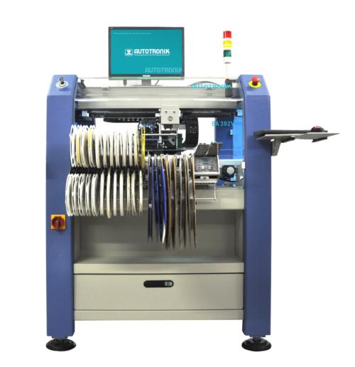 SMD Bestückungsautomat für die Mittelgroße Serie